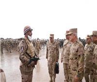 رئيس الأركان يشهد إجراءات المشروع التكتيكي «بدر 6» على الحدود الغربية