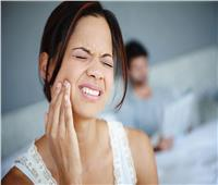 احذر  7 أطعمة تدمر أسنانك