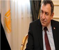 رئيس وزراء مصر الأسبق يشيد بعمق العلاقات المصرية الصينية