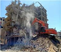 نائب محافظ القاهرة يتابع أعمال إزالة مخالفات البناء