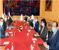 تفاصيل لقاء السيسي ورئيس وزراء فرنسا  صور