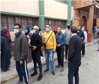 زحام شديد علي لجان بورسعيد قبل إغلاق صناديق الاقتراع