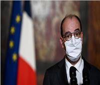 رئيس الوزراء الفرنسي يدخل في عزل صحي بعد مخالطته لماكرون