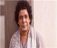 أول ظهور إعلامي لـ«الكينج» محمد منير عقب شفائه