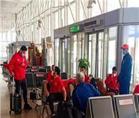 بعثة الأهلي تغادر مطار القاهرة على متن طائرة خاصة في طريقها للنيجر