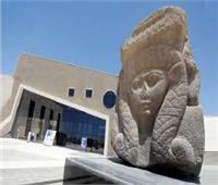 سائحة أوكرانية تروج للآثار المصرية ومتحف شرم الشيخ