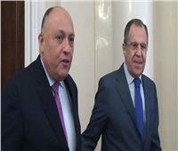 «شكري ولافروف» يبحثان هاتفيا العلاقات الثنائية والقضايا الإقليمية