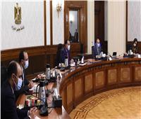 رئيس الوزراء يعقد اجتماعا لتحفيز صناعة السيارات وتصديرها