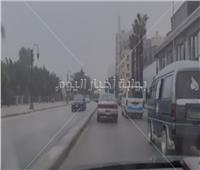 شبورة مائية تجوب شوارع القاهرة.. فيديو
