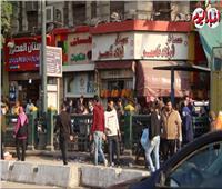 «كلٌ يحتفل بطريقته».. المصريون في انتظار الكريسماس  فيديو