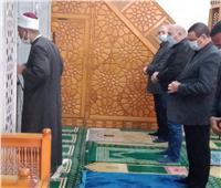 فيديو.. صلاة الجمعة من داخل مسجد السيدة نفيسة