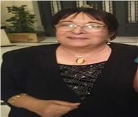 سميرة عبد العزيز تشهد العرض المسرحي لطلاب جامعة المنوفية