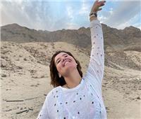 بعد أنباء ارتباطها بمحمود شاهين.. هنا شيحة: «الحرية أن تكون على طبيعتك»
