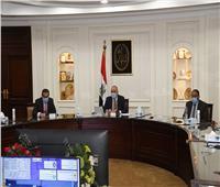 وزير الإسكان: توجيهات من القيادة السياسية بالإسراع فى تنمية الساحل الشمالي الغربي