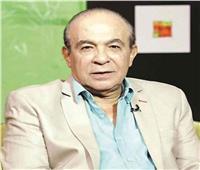 أشرف زكي ناعيا هادي الجيار: «راجل جدع كان بيحتوينا كلنا»