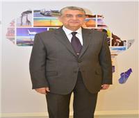 «شاكر» يستعرض مشروعات الربط الكهربائى مع السودان وليبيا