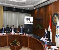 وزير البترول يوجه بتنفيذ نظام الإسكادا للتحكم والمراقبة آليًا وربط المستودعات بالمحافظات