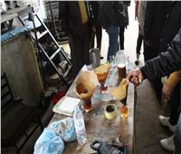 ضبط ١٤٩ كيلو لحوم منتهية الصلاحية وشوكولاتة مقلدة في 3 مصانع بالإسكندرية