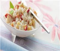 وجبة مغذية لطفلك.. طريقة تحضير «مهلبية الأرز بالتفاح والكمثرى»