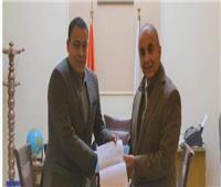 رئيس جامعة الزقازيق يعين مديرا عاما للمالية والإدارية بمستشفيات الجامعة