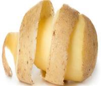 8 فوائد لـ«ماسك» قشر البطاطس للبشرة