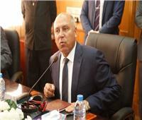 كامل الوزير لنجيب ساويرس: هندفعك ثمن محطة قطار الغردقة | فيديو