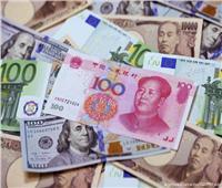 هل يستطيعا «اليورو واليوان» إزاحة الدولار الأمريكي عن عرش العملات؟