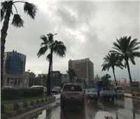 لليوم الثالث.. أمطار غزيرة ورياح باردة تجتاح الإسكندرية |صور