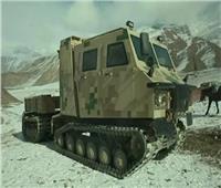 الجيش الصيني يضم مركبة دعم لوجستي مخصصة للتضاريس الوعرة