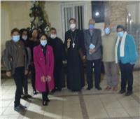 الأنبا باخوم يجتمع مع لجنة المشورة الأسرية الشبابية