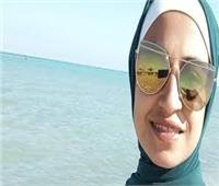 الحبس عامين وكفالة 10 آلاف جنيه للمتهمة بـ«سحل فتاة النزهة»