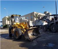 رئيس جهاز مدينة دمياط الجديدة يقود حملة لرفع الإشغالات بالمنطقة الصناعية