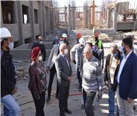 رئيس جامعة أسيوط يتابع مشروع إنشاء فرع للجامعة بالمدينة الجديدة