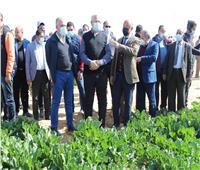 وزيرا الزراعة والري يتفقدان أضخم مجمع زراعي صناعي لإنتاج سكر البنجر بالمنيا