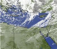 هيئة الأرصاد الجوية تحذر من دخول السحب المنخفضة