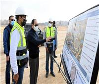 الرئيس السيسي يتفقد مشروع مركز النقل المتكامل . فيديو
