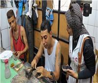 صنايعية مصر  ورش الصالحية.. تلمع ببريق الفضة