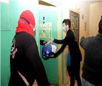 جامعة القاهرة تقدم مساعدات إنسانية لأهالي «عشش السودان» بالجيزة| صور