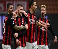 ميلان يكتسح كروتوني ويواصل تصدر الدوري الإيطالي | فيديو