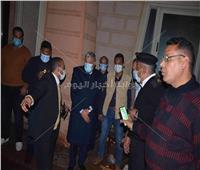 صور|محافظ المنيا يُتابع حادث انهيار حائط بأحد الفنادق ويطمئن على حالة المصابين