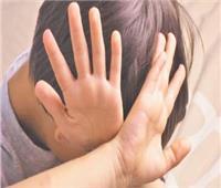 خبير نفسي يطالب بحرمان الآباء المعتدين على أطفالهم من الزواج مرة أخرى