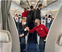 بث مباشر  وصول بعثة الأهلي إلى مطار القاهرة بعد التتويج ببرونزية المونديال