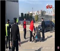 لحظة مغادرة موسيماني مطار القاهرة الدولي   فيديو
