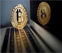 بلومبرج: بيتكوين تتفوق على الأسهم والذهب