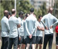 موسيماني يستدعي مدافع الأهلي بحضور طبيب الفريق