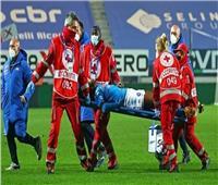مهاجم نابولي يدخل المستشفى بعد إصابة قوية في الرأس