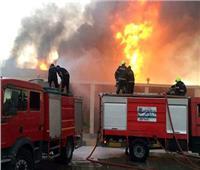 إخماد حريق بمصنع للمنتجات الورقية بالسادات