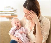 هل يجوز فصل الأم المصابة بكورونا عن طفلها الرضيع؟