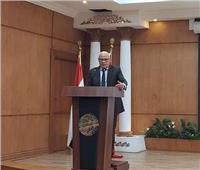 محافظ بورسعيد يستعرض خطة الدراسة والامتحانات للتعليم قبل الجامعى