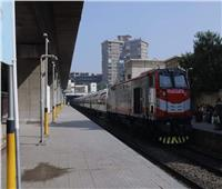تأخر حركة القطارات بين قليوب والزقازيق والمنصورة.. السبت